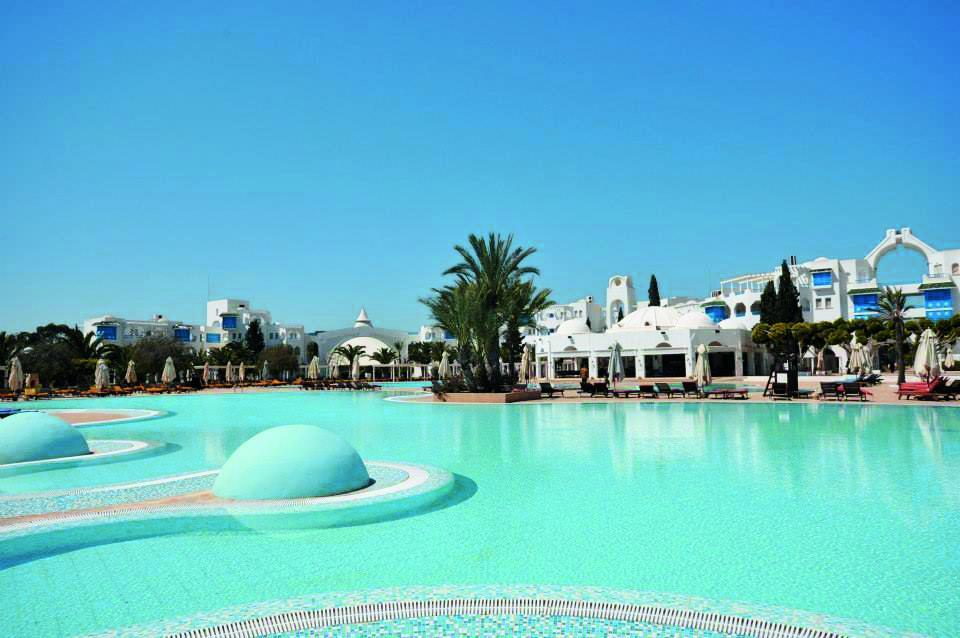 Mirage Beach Club 4*