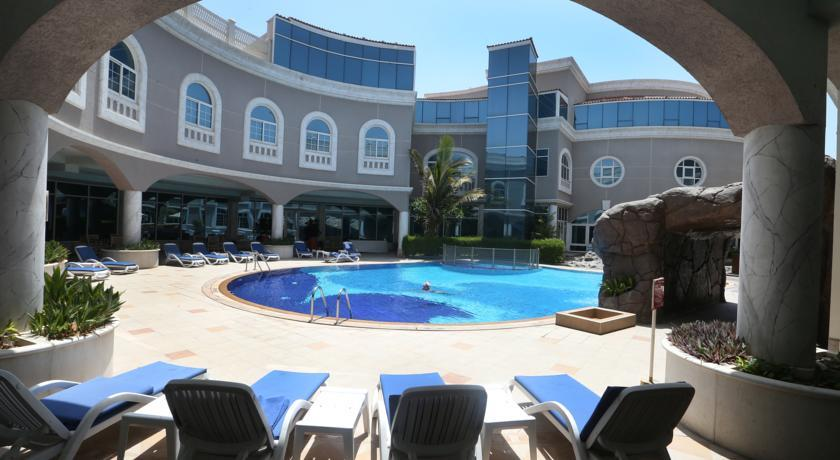 Sharjah Premiere Hotel & Resort 3*