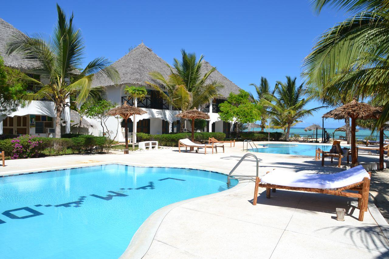 La Madrugada Beach Resort 4*